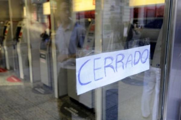 Resultado de imagen para Bancarios realizarán hoy paro de tres horas por reclamo salarial