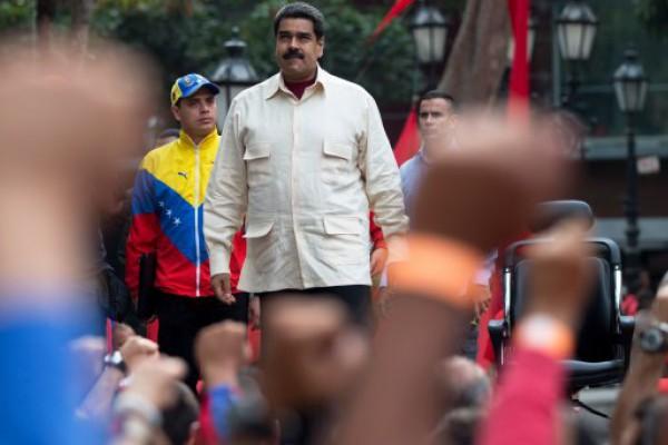 Maduro decretó laborables solamente dos días de la semana