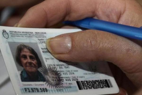 Para viajar a países de Sudamérica sólo es válido el DNI digital