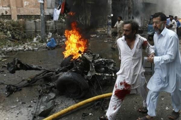 Resultado de imagen para Pakistán: nueve muertos en un atentado